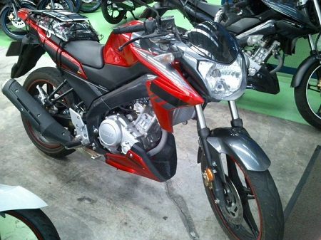 2014-Yamaha-FZ150i-Malaysia-001-640x480 - Copy