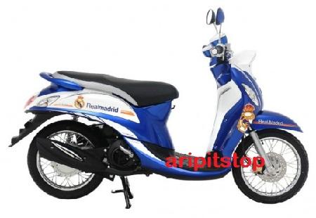 Yamaha-Fino-Real-Madrid-Edition-Tampilan-Kanan-600x450