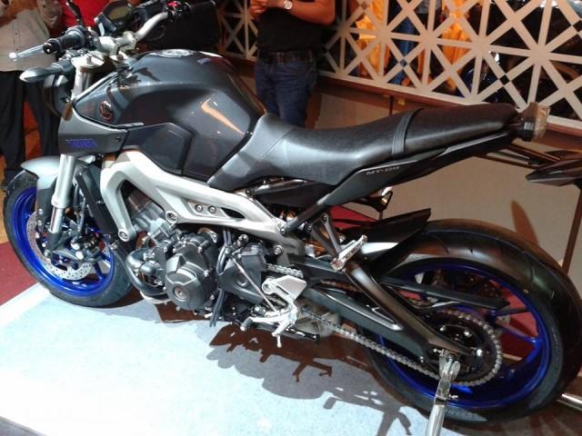2014-Yamaha-MT-09-Malaysia-640x480