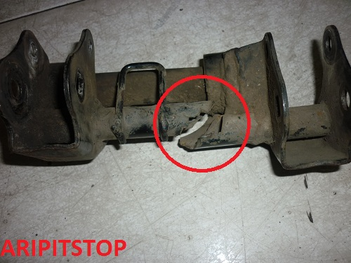 engine mounting (2)