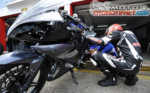 Test-ride-Yamaha-R15-di-Sentul-2