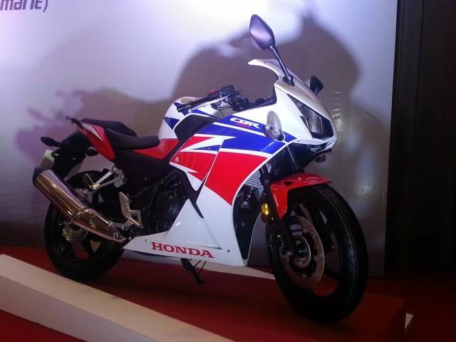 2014-CBR250R-Malaysia-001-640x480