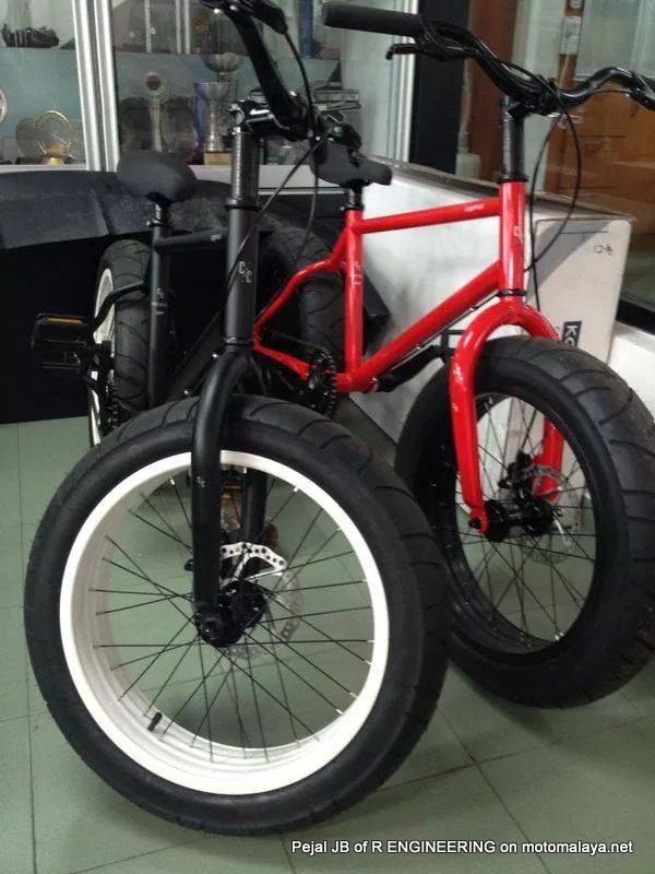 Modifikasi Sepeda Pakai Velg Dan Ban Motor Keren Jadi Tampak Gambot Aripitstop