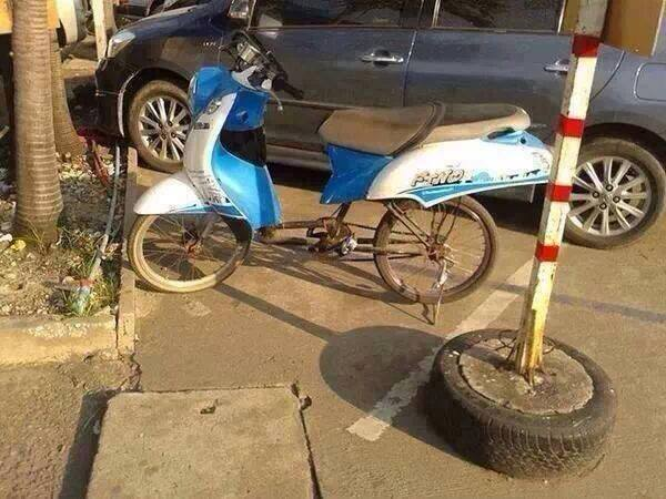 Sepeda Ontel Pakai Mesin Motor Motor Pakai Rangka Sepeda Jaman Sudah Terbalik Aripitstop