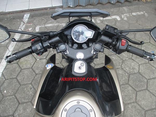 Yup Akhirnya Sudah Merasakan Masang Stang R15 Indonesia Ke Motor Vixionlngat India Beda Dengan YIMM Tepatnya Bentuk