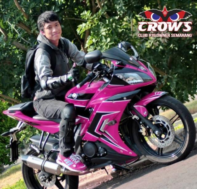 r15 pink