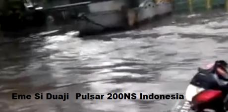 pulsar terjang banjir (3)