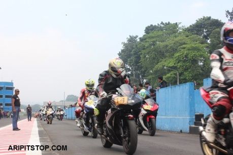 SUNDAY RACE 1 (5)