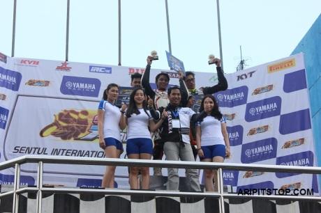 SUNDAY RACE (5)