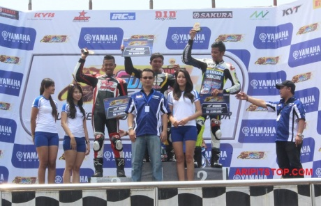 SUNDAY RACE R15 PROFESIONAL (2)