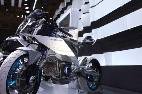 Yamaha PES2 (7)