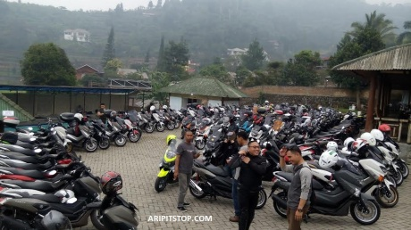 Kayaba Zeto Nmax pada event Kopdargab Nmax Riders (5)