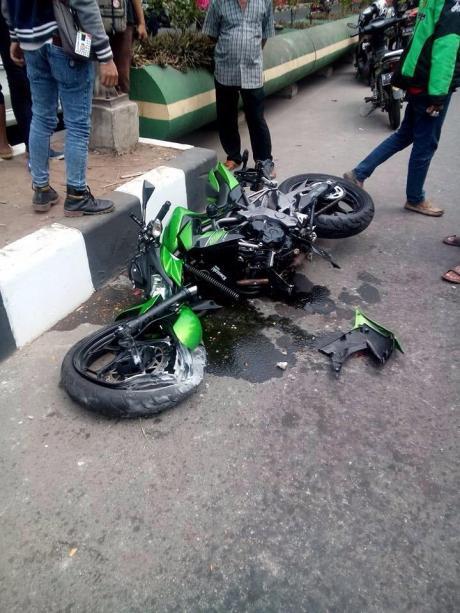 kecelakaan kawasaki z250 (3)