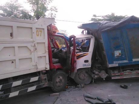 tabrakan truk (1)