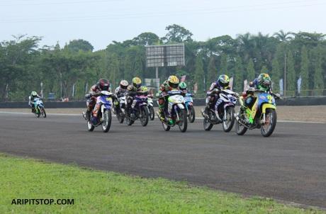 YAMAHA CUP RACE (4)