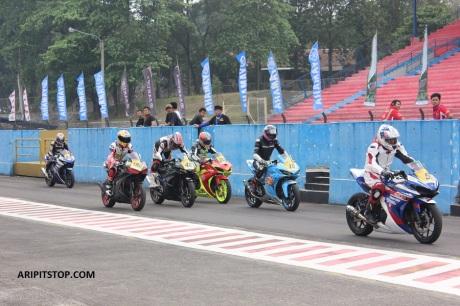 YAMAHA SUNDAY RACE (1)