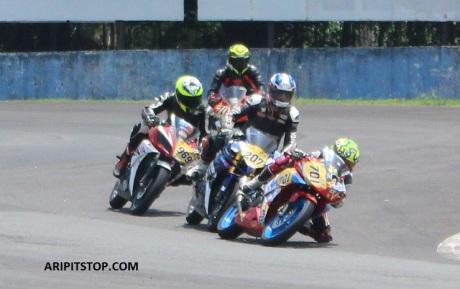 YAMAHA SUNDAY RACE R15