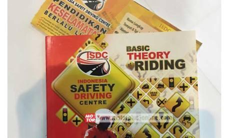 buku safety riding