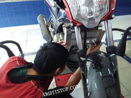 cover pelindung radiator vixion (5)