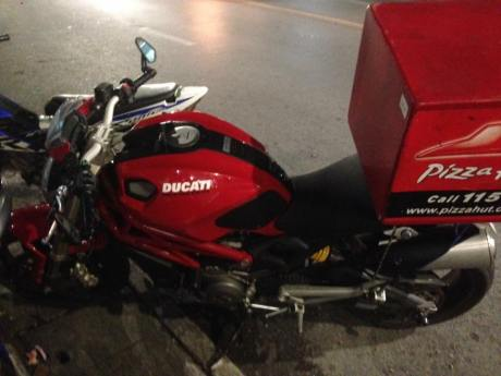 ducati buat delivery pizza