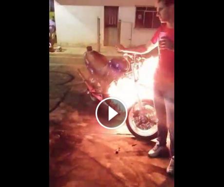 motor digeber sampai terbakar (2)