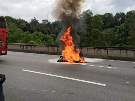 rsv4 crash and burn (2)