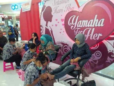 Treatment spesial Yamaha untuk wanita Indonesia (3)