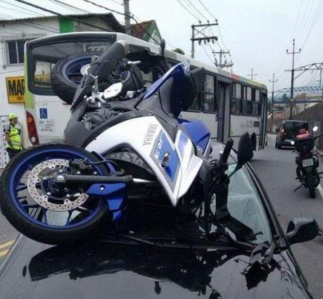 kecelakaan r3 (3)