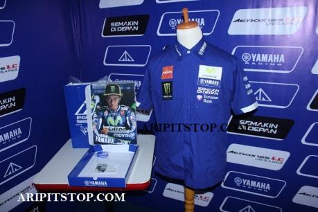 Pit Shirt Movistar Yamaha MotoGP 2016 (8)