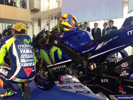 yamaha movistar 2016 (4)