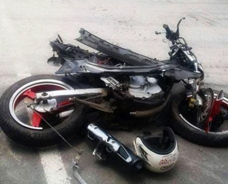 kecelakaan scorpio karawang