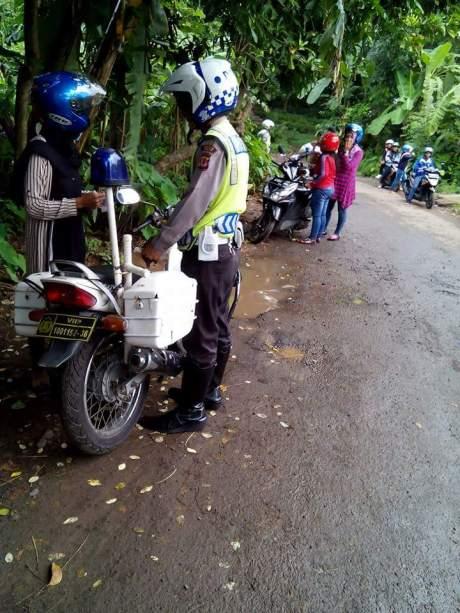 tilang polisi (2)