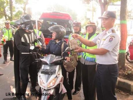 Ada Star Wars Gelar Operasi Simpatik di Temanggung Jawa Tengah (4)