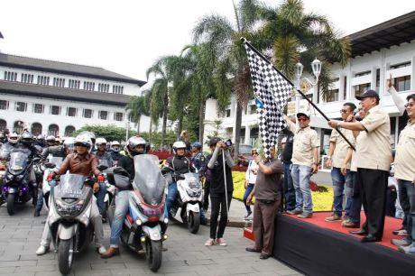Bandung Lautan NMAX, Dedy Mizwar Lepas Rombongan Jambore Nasional Indonesia Max Owners (2)