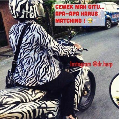 biker ibu ibu