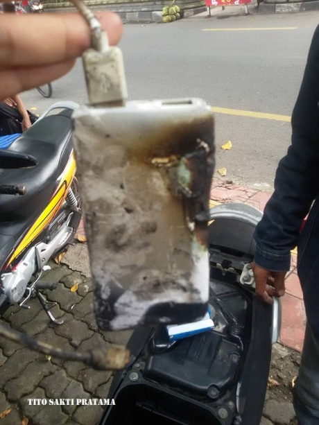 power bank terbakar 2