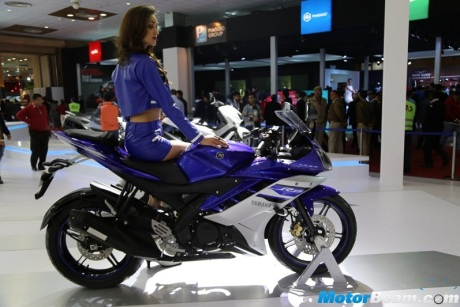 r15 Revving Blue (1)